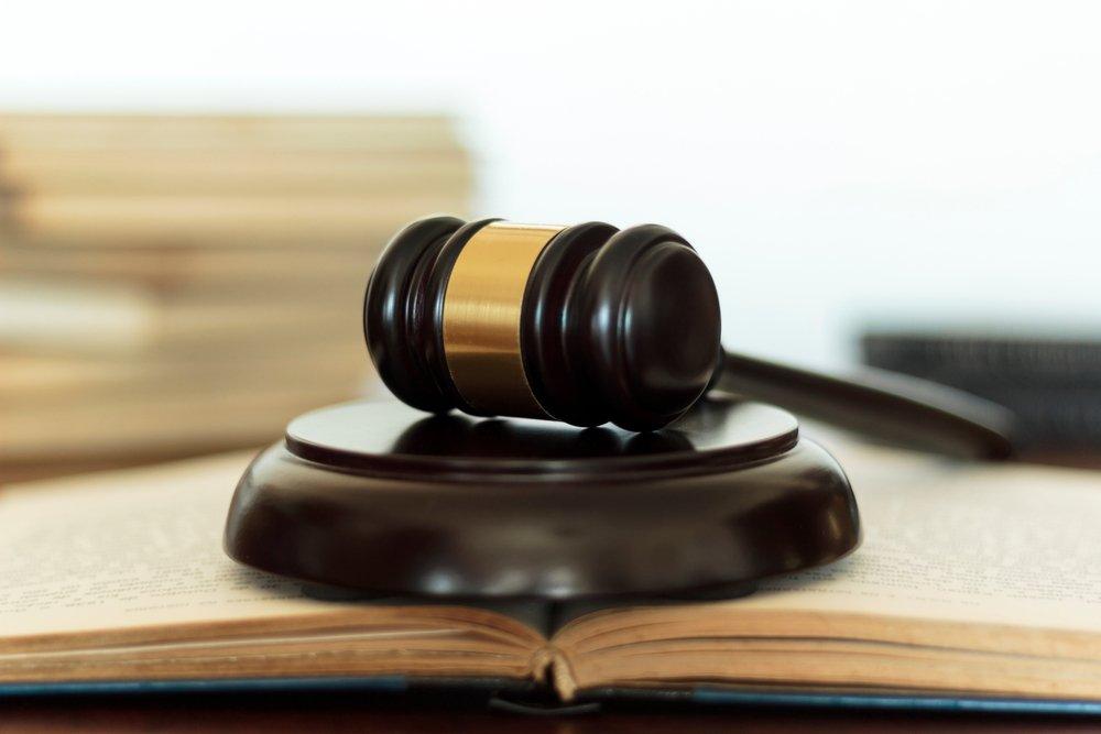 Orange et SFR poursuivis en justice pour la 5G