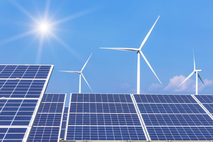 Solar and Wind Hybrid Systems